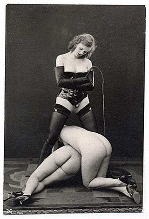 Эротические фотографии начала ХХ века.