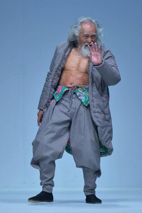 Wang Deshun - дедушка-модель из Китая.