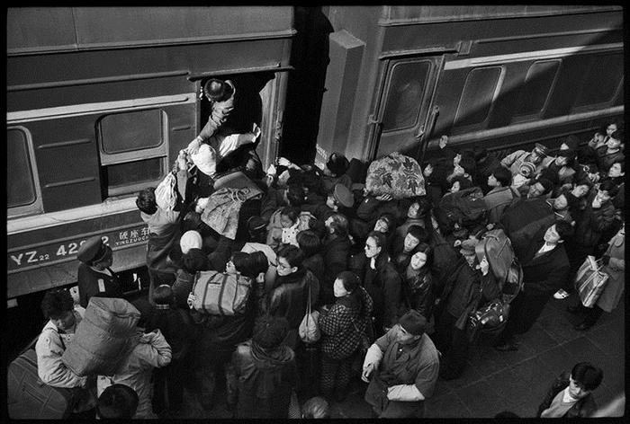 Посадка на поезд. Фото: Wang Fuchun.