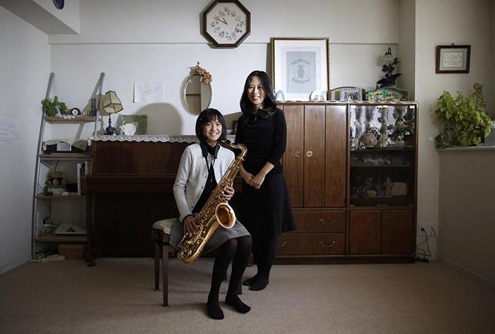 Манами Миядзаки и Нанаха.
