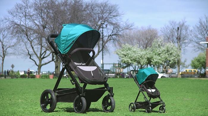 Коляска для взрослых является точной копией коляски для детей. Отличаются только размеры.