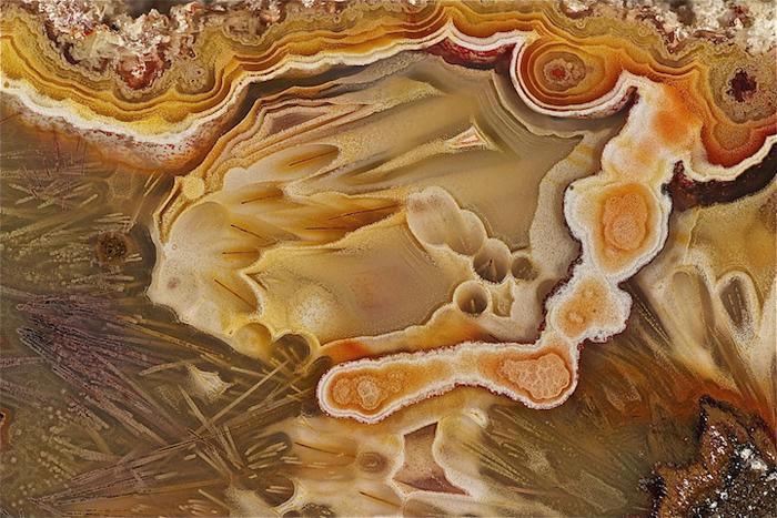 Удивительный рисунок агата.