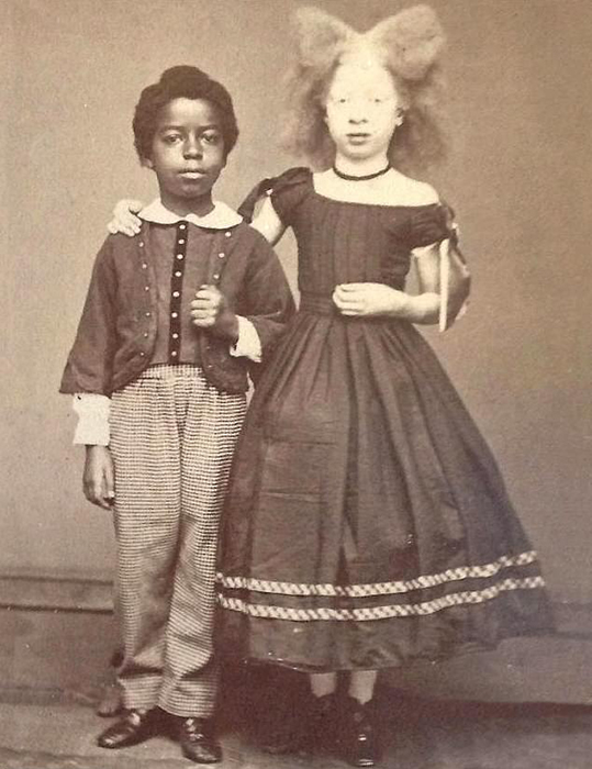 Нелли и Генри Уокер.
