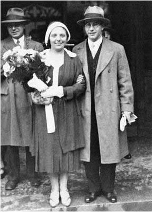 Алиса со своим мужем Леопольдом в 1930-е.