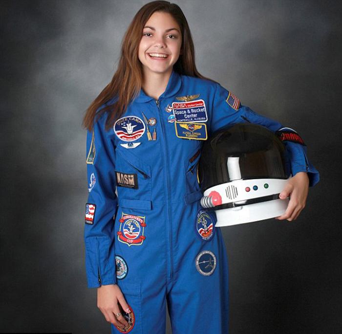 17-летняя Алисса Карсон.