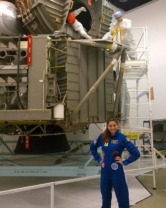 На сегодняшний день Алисса уже имеет разрешение полететь в космос.