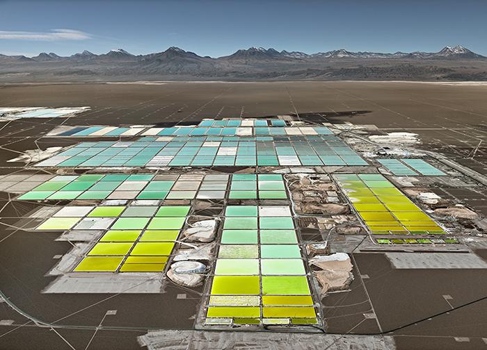 Место добычи лития, пустыня Атакама, Чили, 2017 год.
