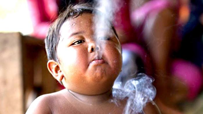 Арди начал курить в возрасте 18 месяцев.