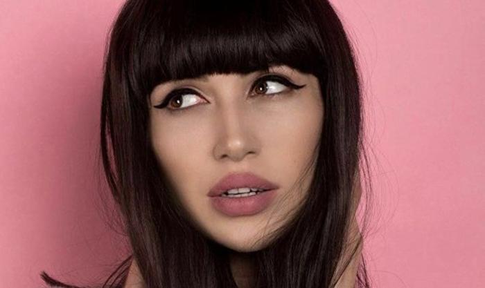 Илай в роли Арины Алиевой.
