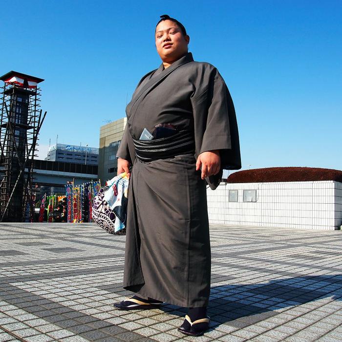 Томисакеа, борец сумо. Токио, Япония.
