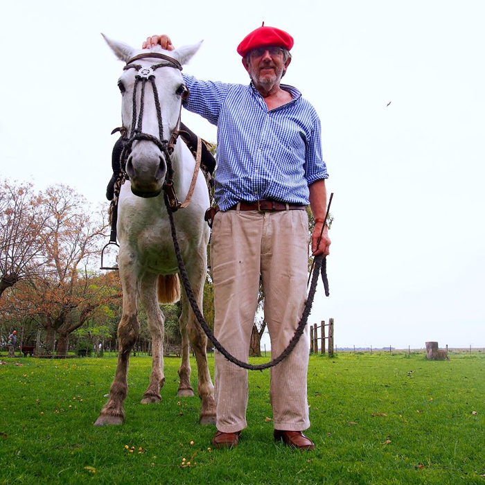 Хорхе, фермер. Олаварриа, Аргентина.