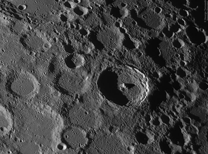 Лучшие из кратеров - Георг Тарсоудис (George Tarsoudis) из Греции.