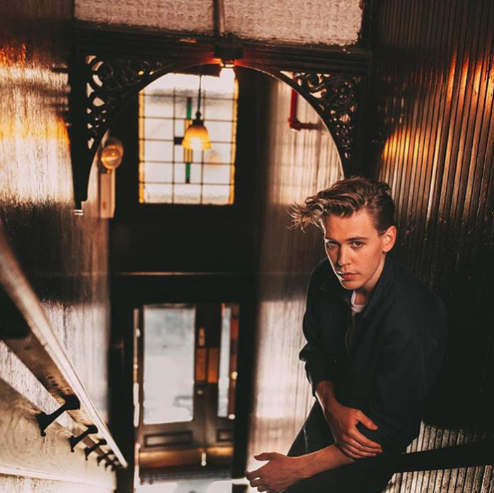 Остин играет Дона Паритта в постановке «Разносчик льда грядет».