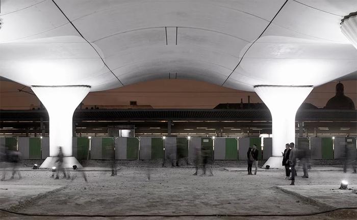 Кинематоп: световая инсталляция в Париже.