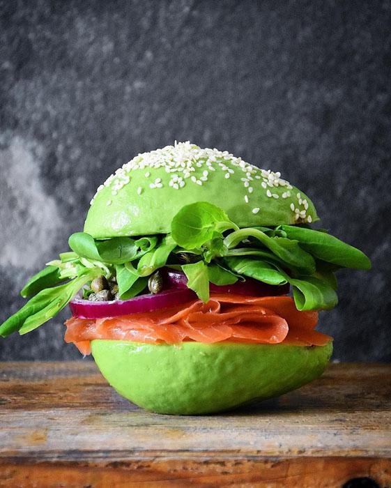 Авокадо-гамбургер.  Фото: Colette Dike.