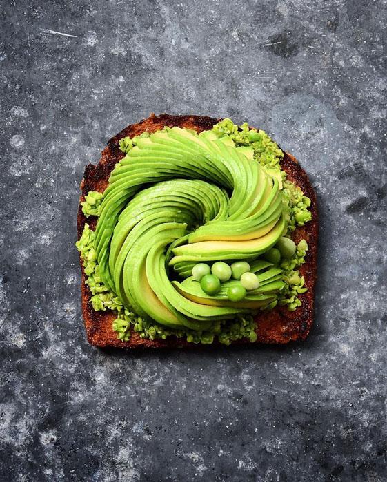 Бутерброд с свежим авокадо. Фото: Colette Dike.