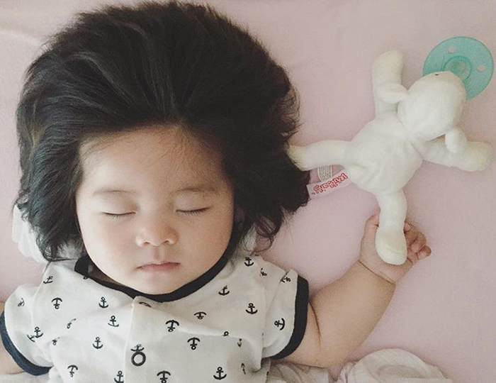 Быстро уснула и посапывает. Instagram babychanco.