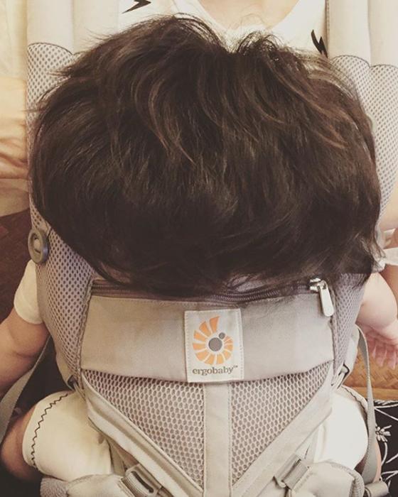 Уселась и заснула. Instagram babychanco.