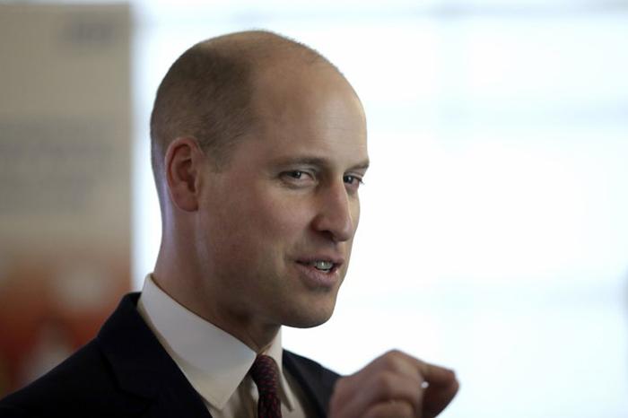 С новой стрижкой принц Уильям стал выглядеть моложе!