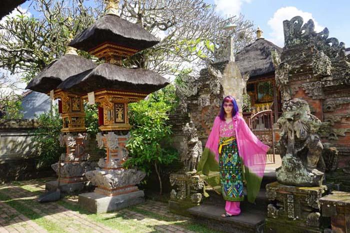 Власти на Бали собираются сильно ограничить вход на территорию храмов.