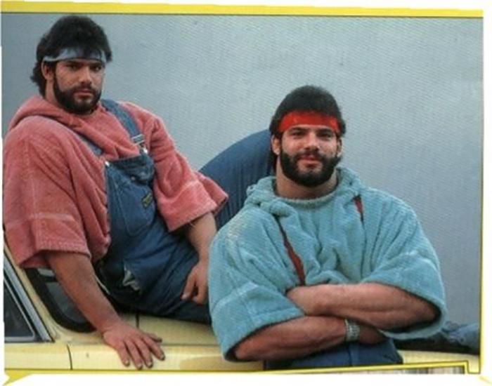 Братья в начале своей карьеры.