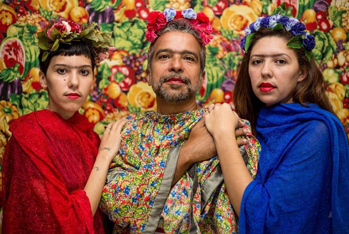 Обычные люди в образе Фриды Кало.