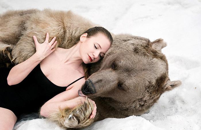 В объятиях дикого зверя. Фото: Ольга Баранцева.