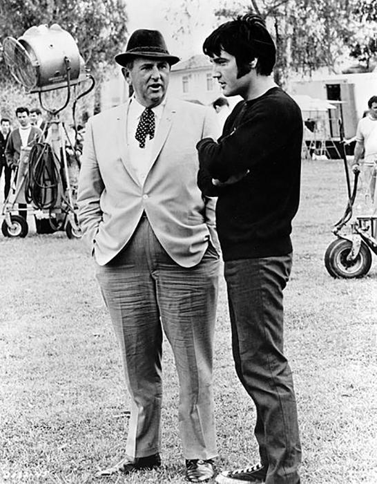 Элвис со своим менеджером полковником Паркером, 1969 год.