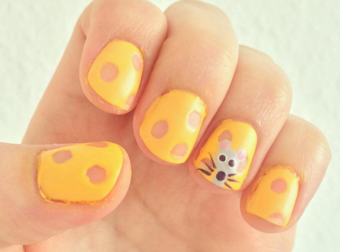 Сырные ногти.