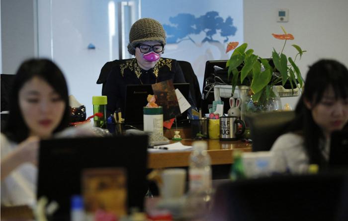 По уверениям компании-производителя эти маски защищают даже от малейших частичек загрязнения.