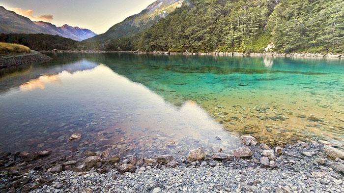 Самое чистое озеро в мире.