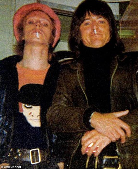 Дэвид Боуи и Джордж Андервуд.
