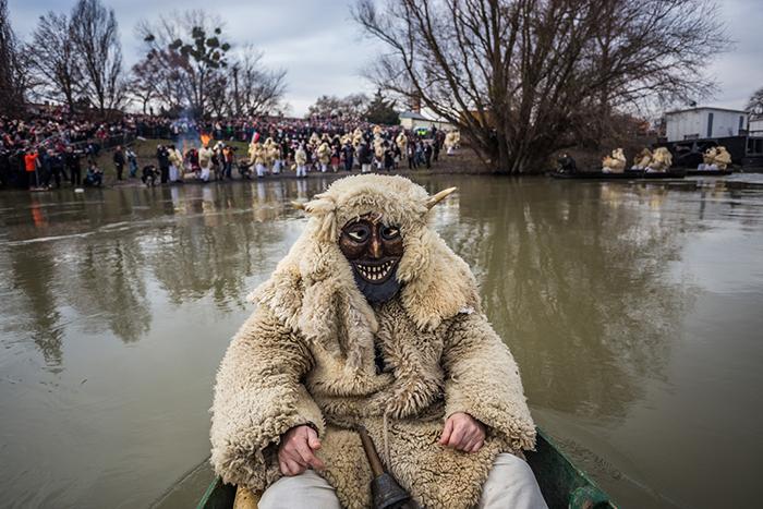 Праздник проходит в одном из венгерских городков. Фото: Zsolt Repasy.