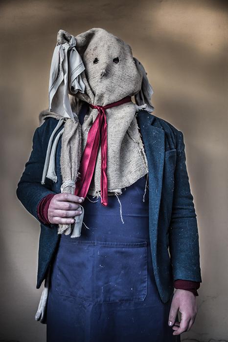 Жуткие костюмы бушар. Фото: Zsolt Repasy.
