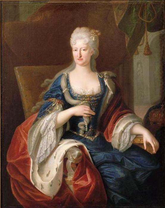 Вторая жена Карла - Мария Анна Пфальц-Нейбургская, правившая от его имени последние 10 лет жизни монарха.