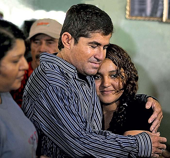 По прибытии в Сальвадор Хосе впервые встретился со своей дочерью.