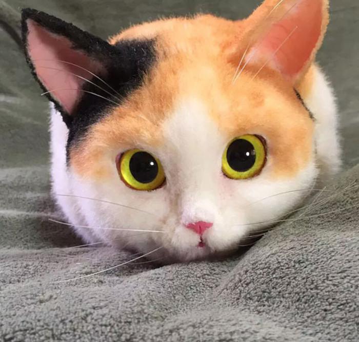 Сумки, до жути похожие на настоящих котов.