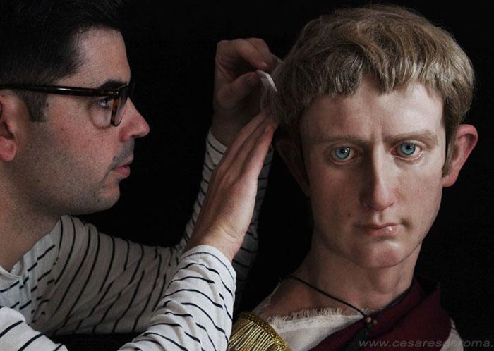 Процесс создания скульптуры Октавиана Августа.