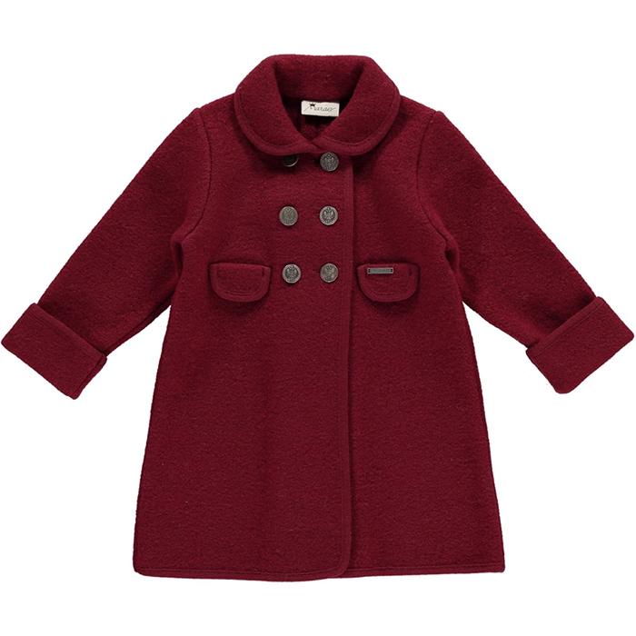 Знатоки моментально выяснили, какое именно пальто надето на маленькой принцессе.