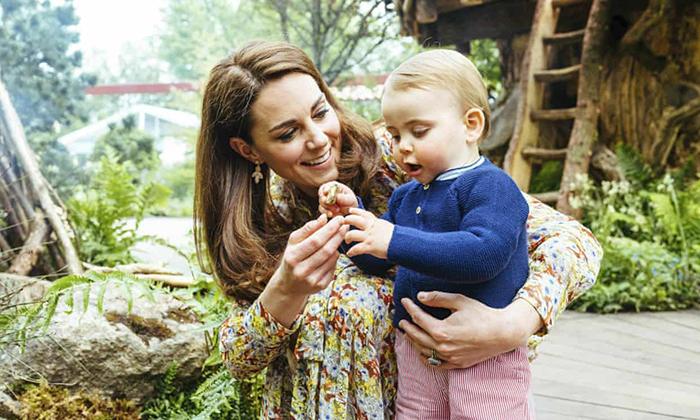 Кейт Миддлтон с младшим сыном на Цветочном шоу в Челси.