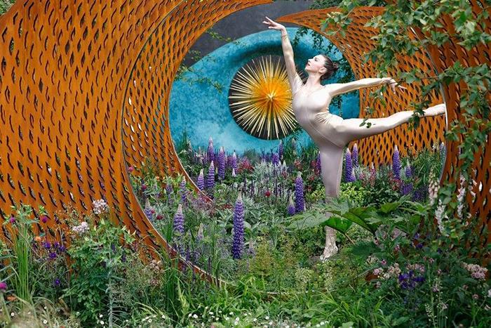Цветочное шоу в Челси длится 5 дней.