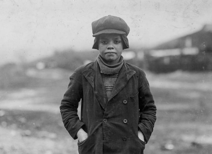 Рабочий шахты Энджело Росс, уверяет, что ему 13 лет, но скорее всего меньше. 1911г.