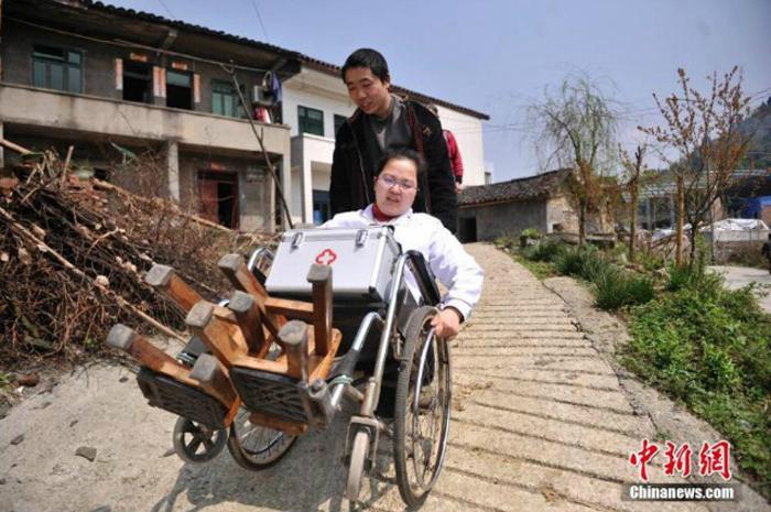 Ли Йухонг не считает себя героем. *Я просто делаю то, что должна*.