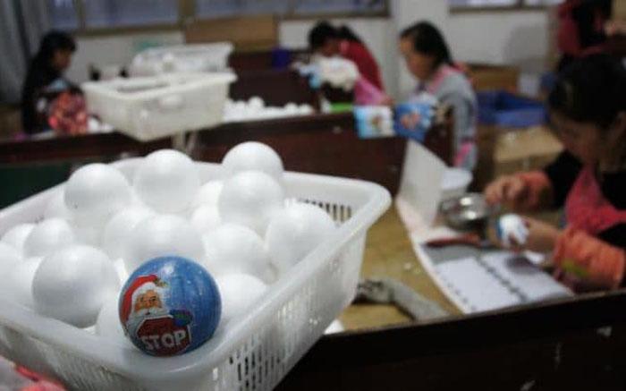 Рабочие на одной из фабрик Китая.