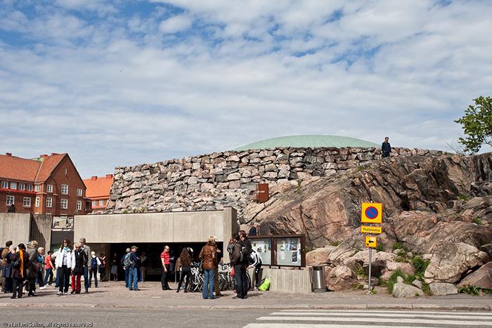 Церковь в скале в Хельсинки.