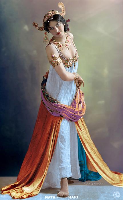 Фотографии голландской танцовщицы. Колоризация Klimbim.