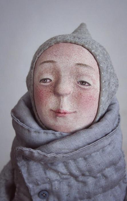 Лиам, любящий горячий час с медом и имбирем. Авторские куклы Марины Глебовой.