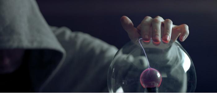 Научные эксперименты в музыкальном видео.