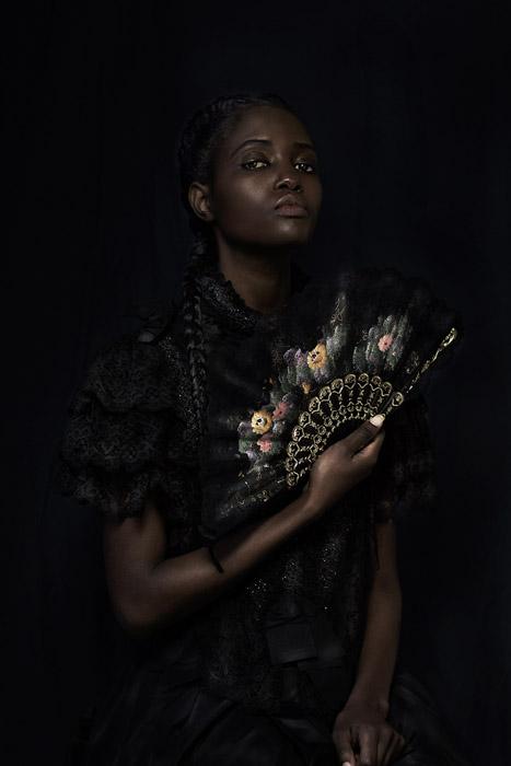 Юные африканские девушки, жаждущие получить от жизни свой шанс. Фото: Dagmar Van Weeghel.