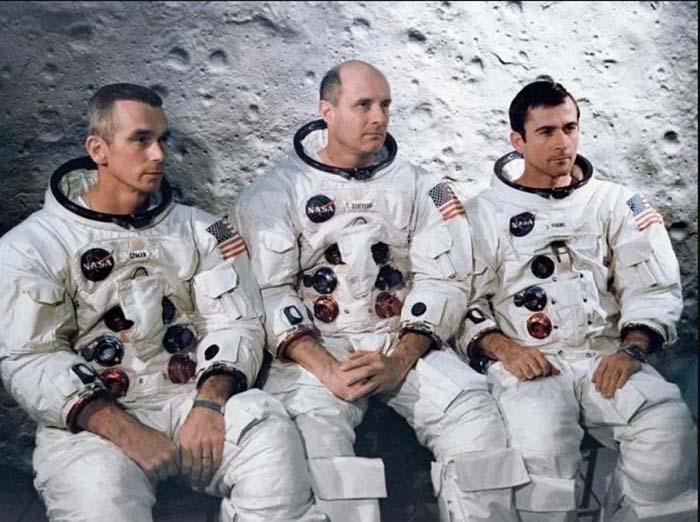 Команда Аполлона-10 в Kennedy Space Center.